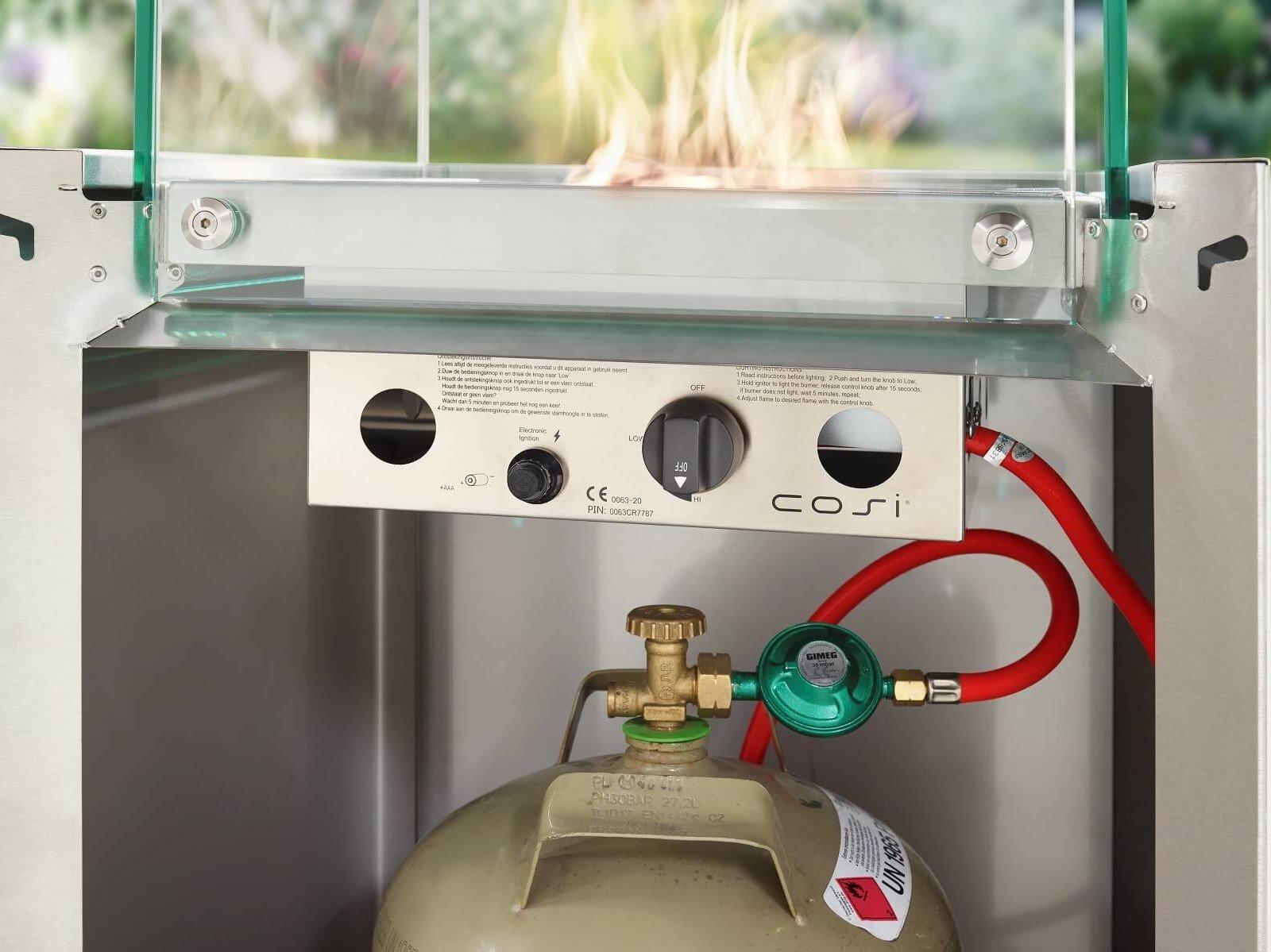 feuerstelle-mit-propan-gasflasche