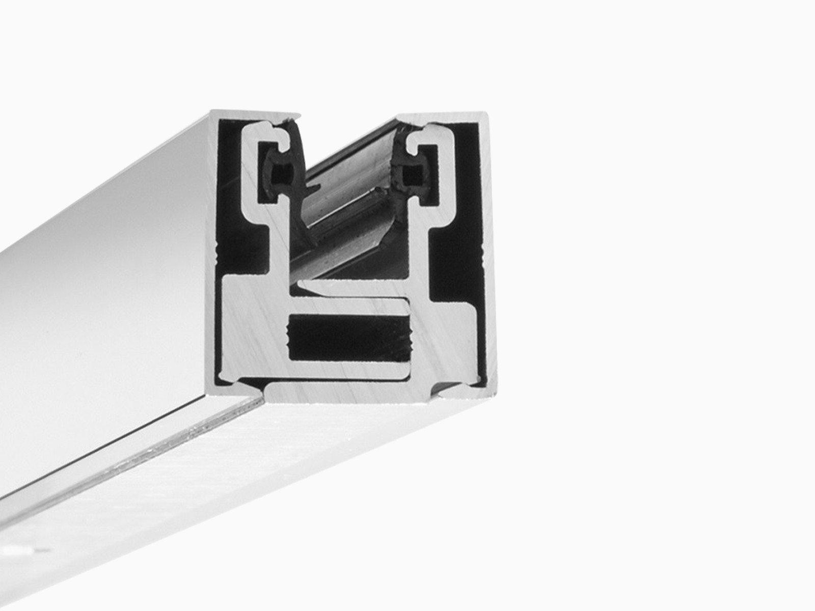 Klemmprofil Mini als Wandbeschlag aus Aluminium in Hochglanz