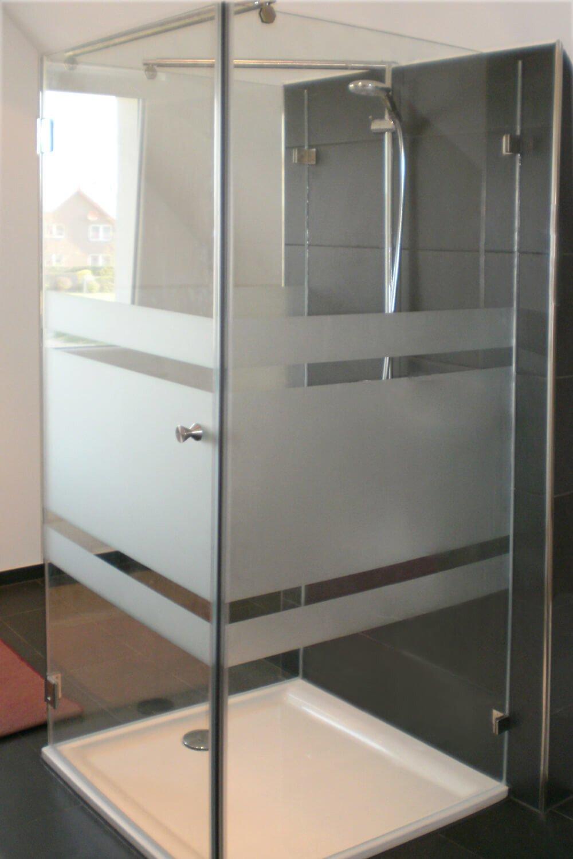 Teilsatinierte U-Form Dusche mit zwei Festteilen und einer Tür