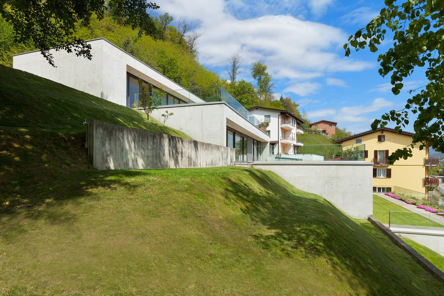 Glasgelaender CLIP ideal fuer Dachterrasse und Balkon  modern in der Optik und Aufmachung
