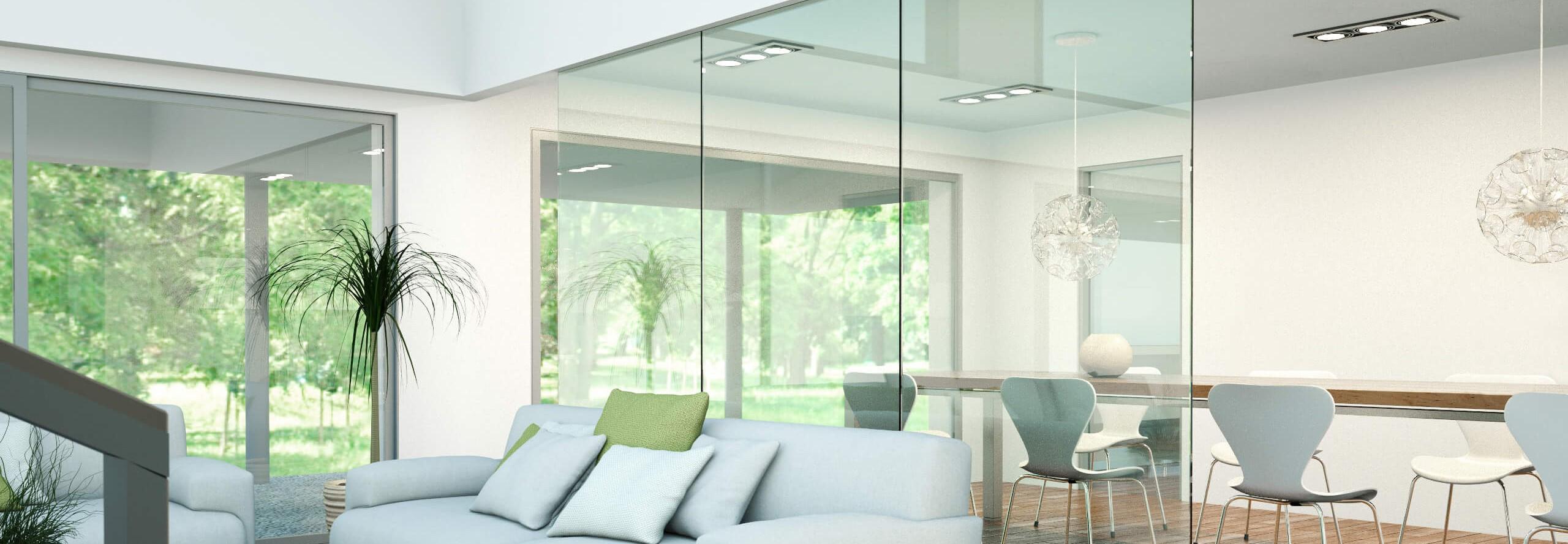raumteiler-glas-zwischen-wohnbereich-und-esszimmer