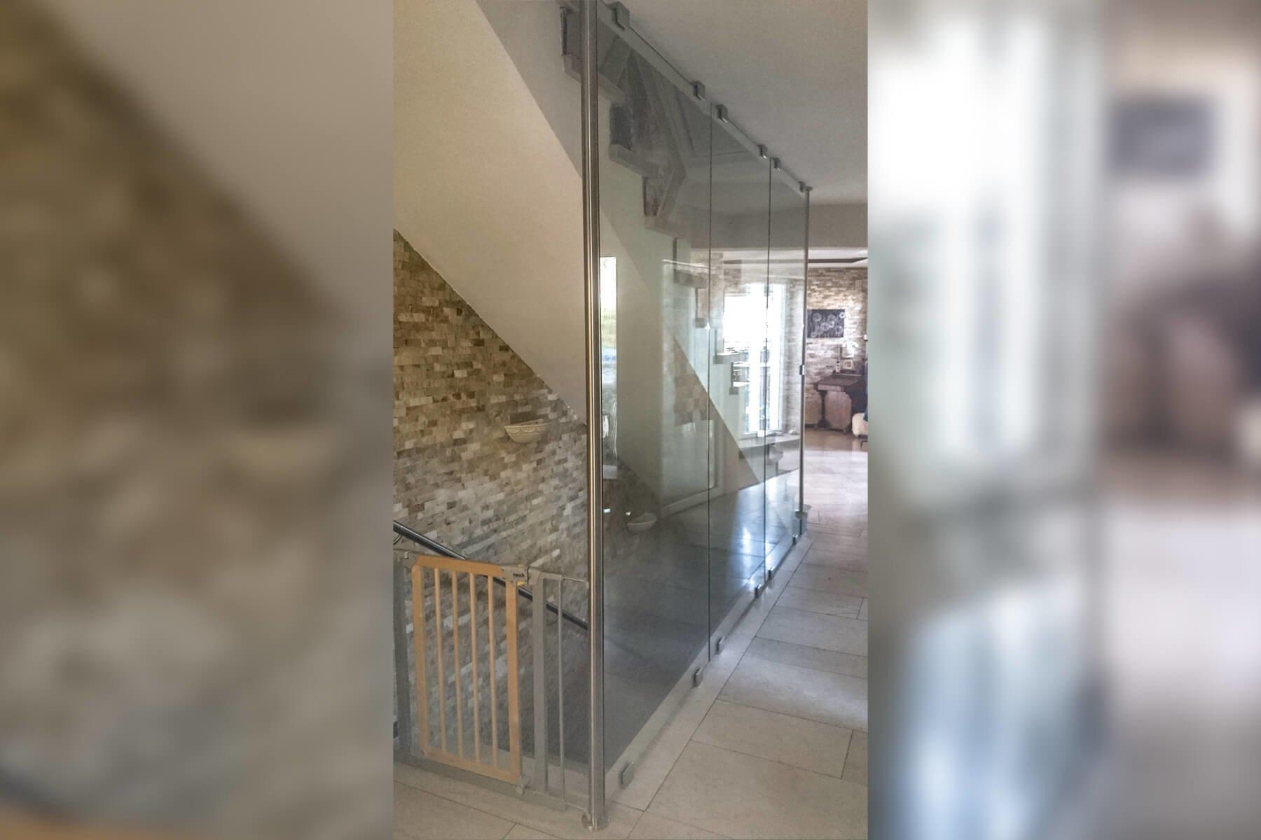 Treppenhaus Verglasung PUR