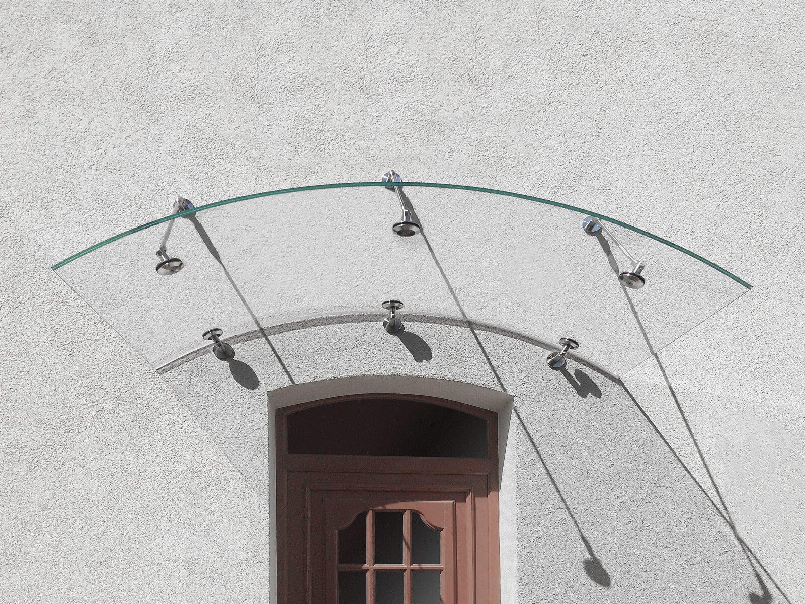 befestigung-rundbogenvordach-arcata