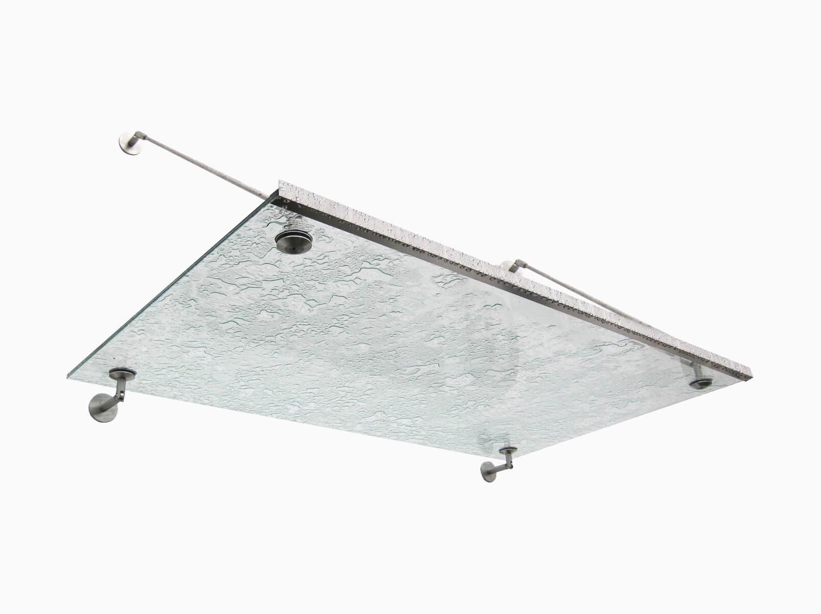 aluminium-regenrinne-an-vordach-punto
