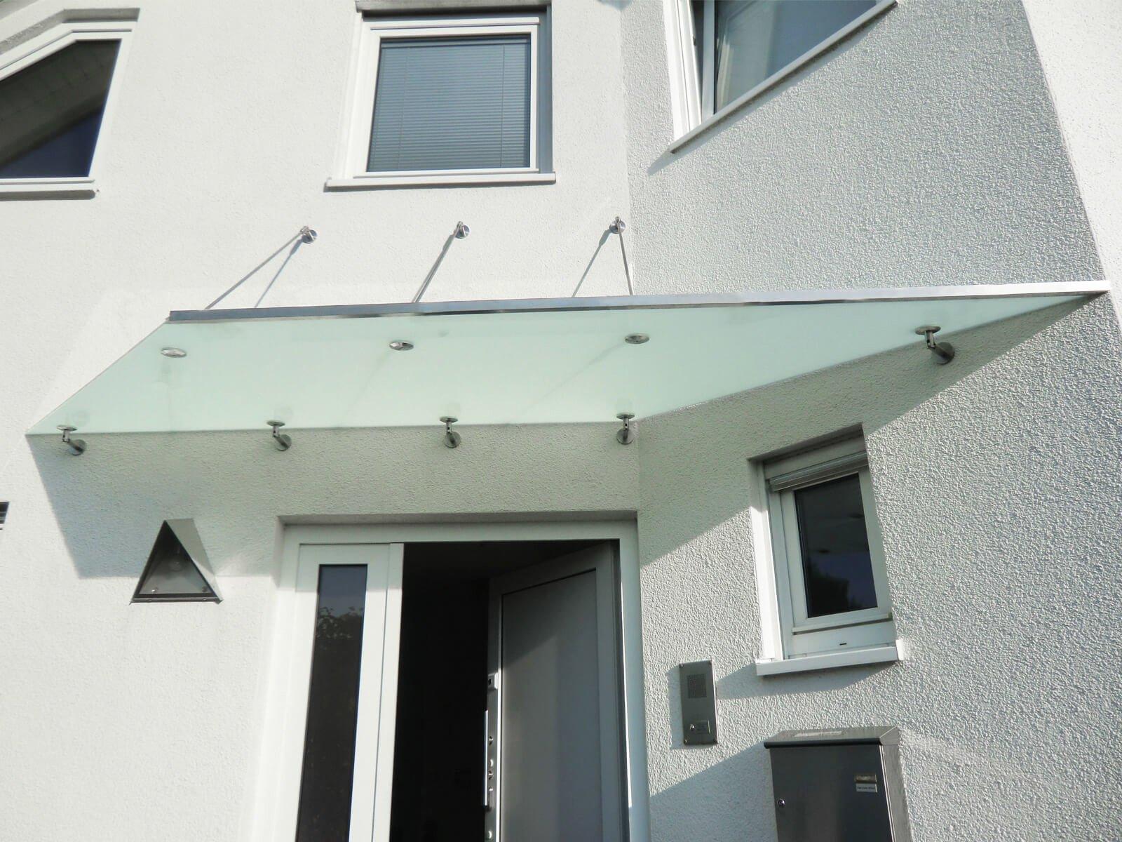 Vordach mit Winkel
