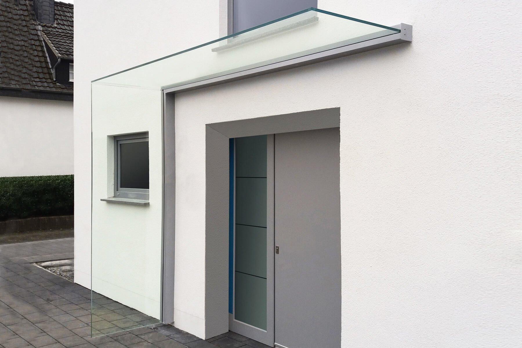 Seitenwindschutz Seitensichtschutz Blend aus Glas maximale Verarbeitungsqualität und Materialien