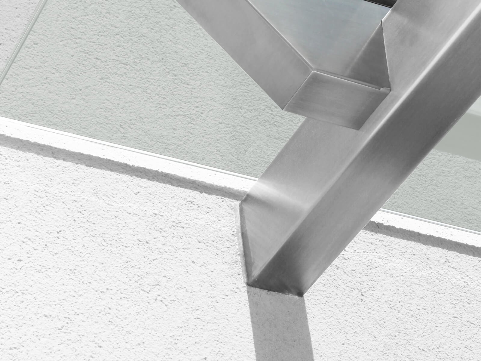befestigung-glas-edelstahl-vordach-skala