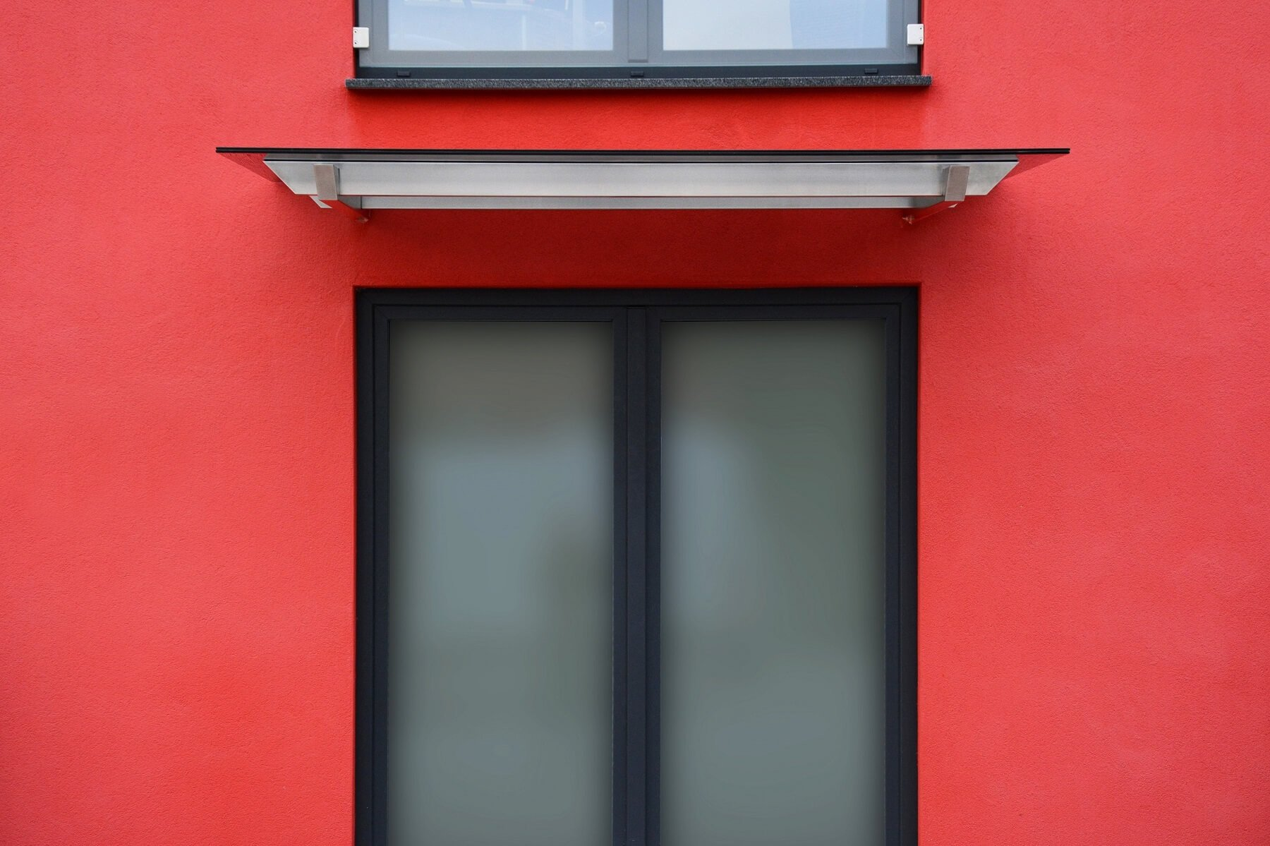 Gewerbe Eingang mit Vordach Skala