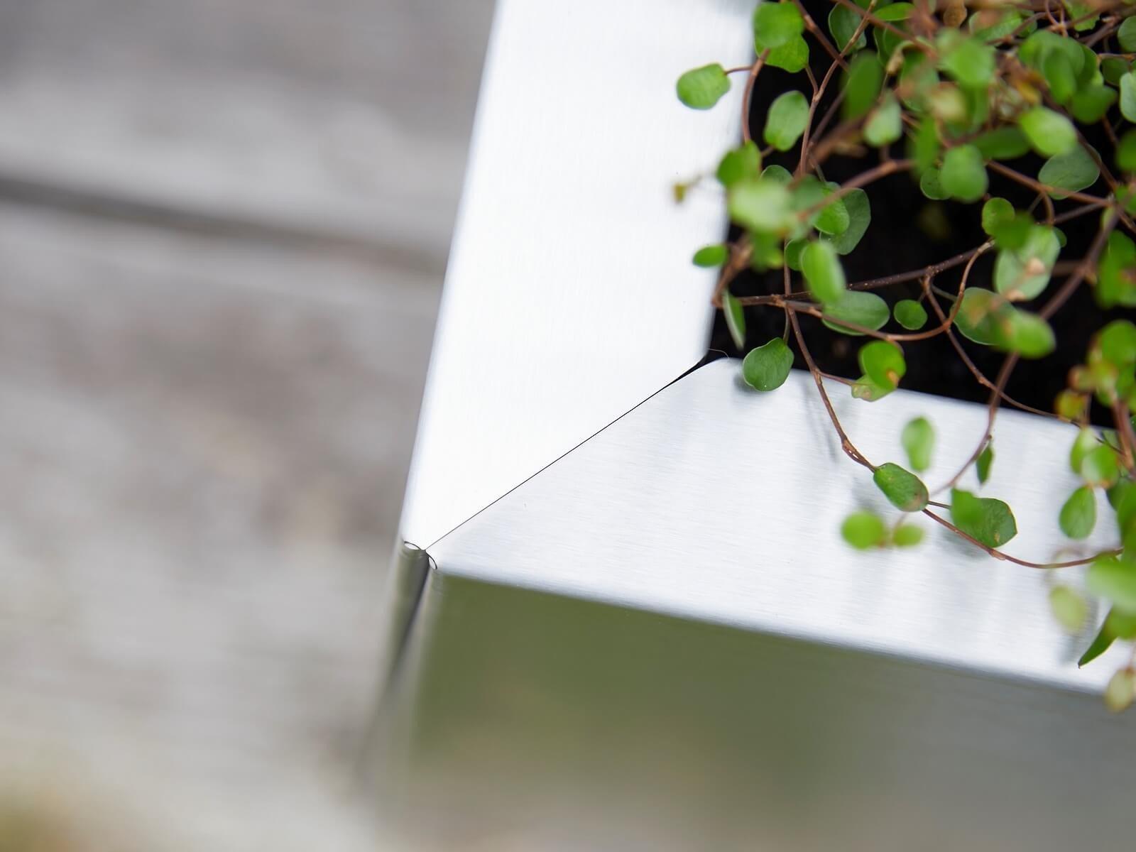 detailansicht-pflanzkübel-quadratisch-40x40