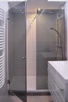 Duschabtrennung Nische mit Tür und Festteil