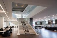 Glasbrüstung zur vorgesetzten Montage als Treppengeländer