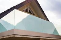 Glasreling Variante als Absturzsicherung fuer den Balkon mit AbP und maximaler Holmlast