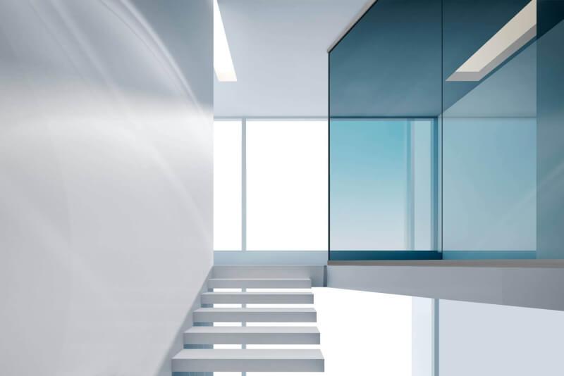 blaue-trennwand-im-treppenhaus