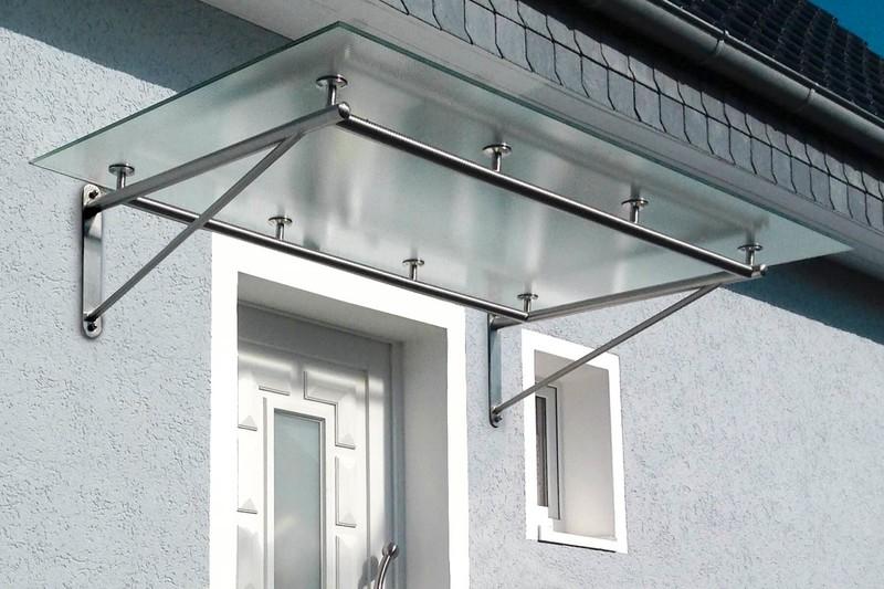 vordach-mit-rohhrahmen-strukturglas