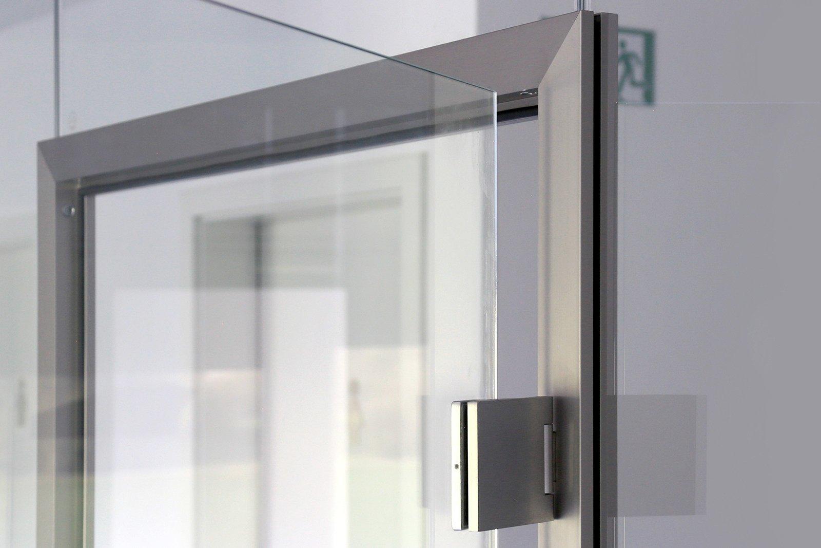 Glastrennwand Mit Klassischer Tur Glasprofi24