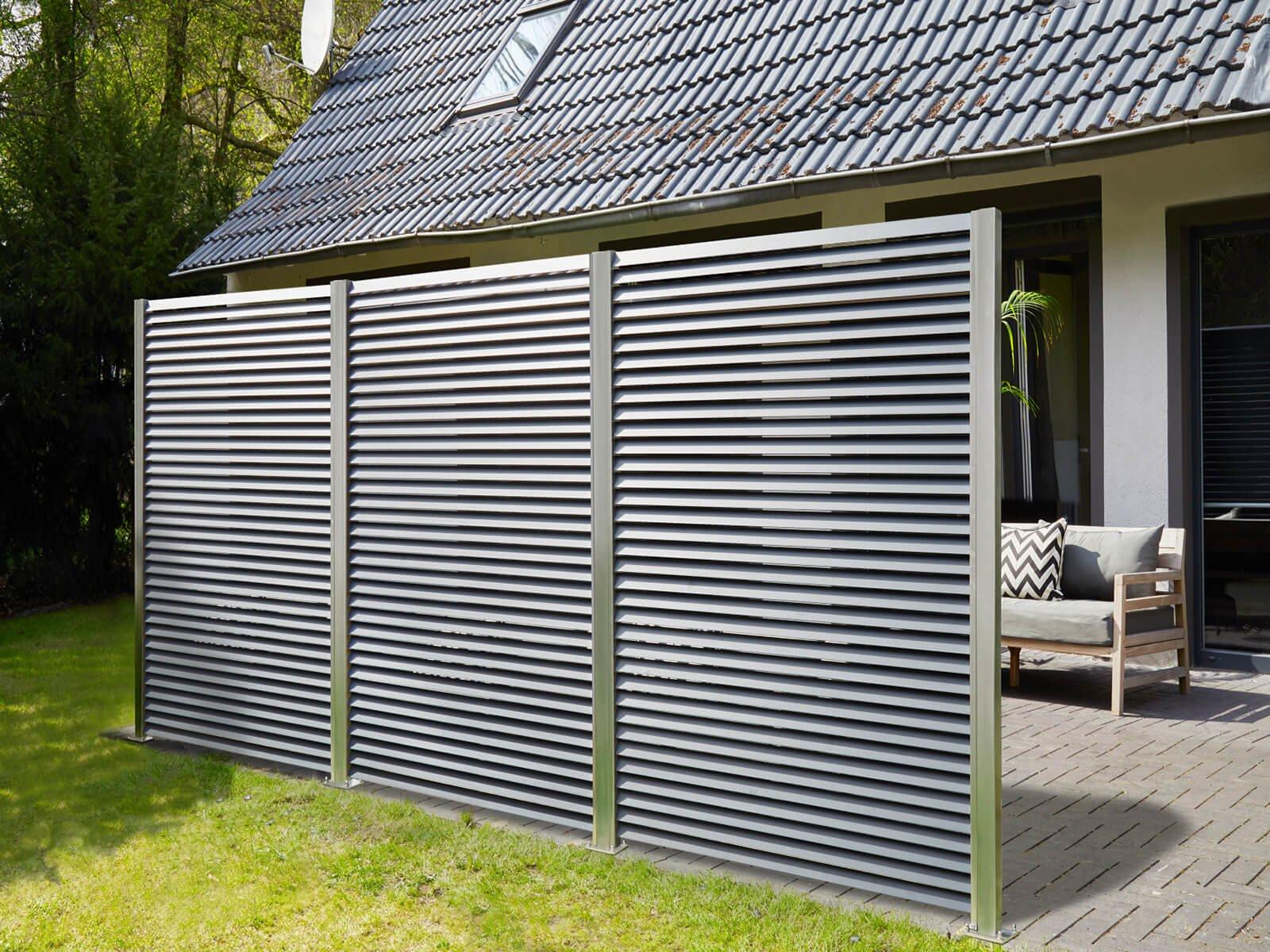 Lamellenzaun als Sichtschutz und Abgrenzung für Garten und Terrasse hervorragend geeignet für große Flächen