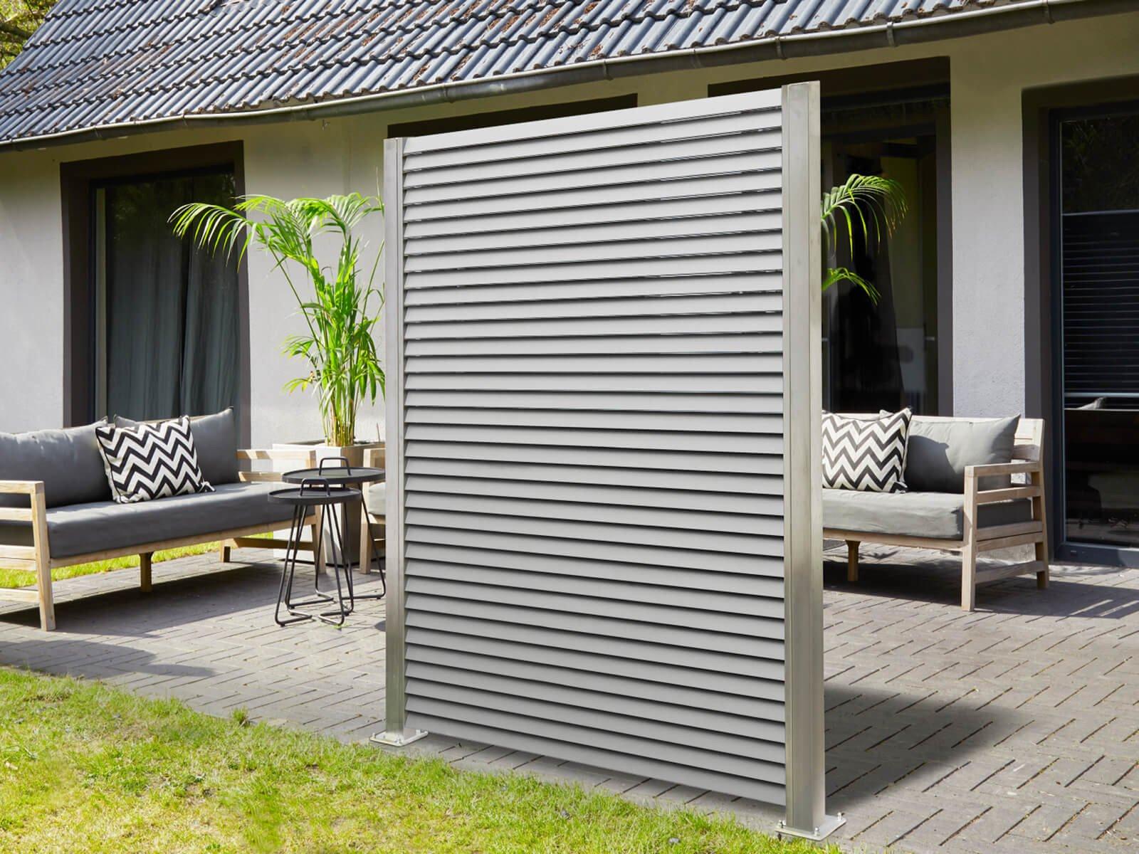 Lamellenzaun in Edelstahloptik für Garten und Terrasse nach Maß erhältlich in individuellen Ausführungen und Pulverbeschichtungen