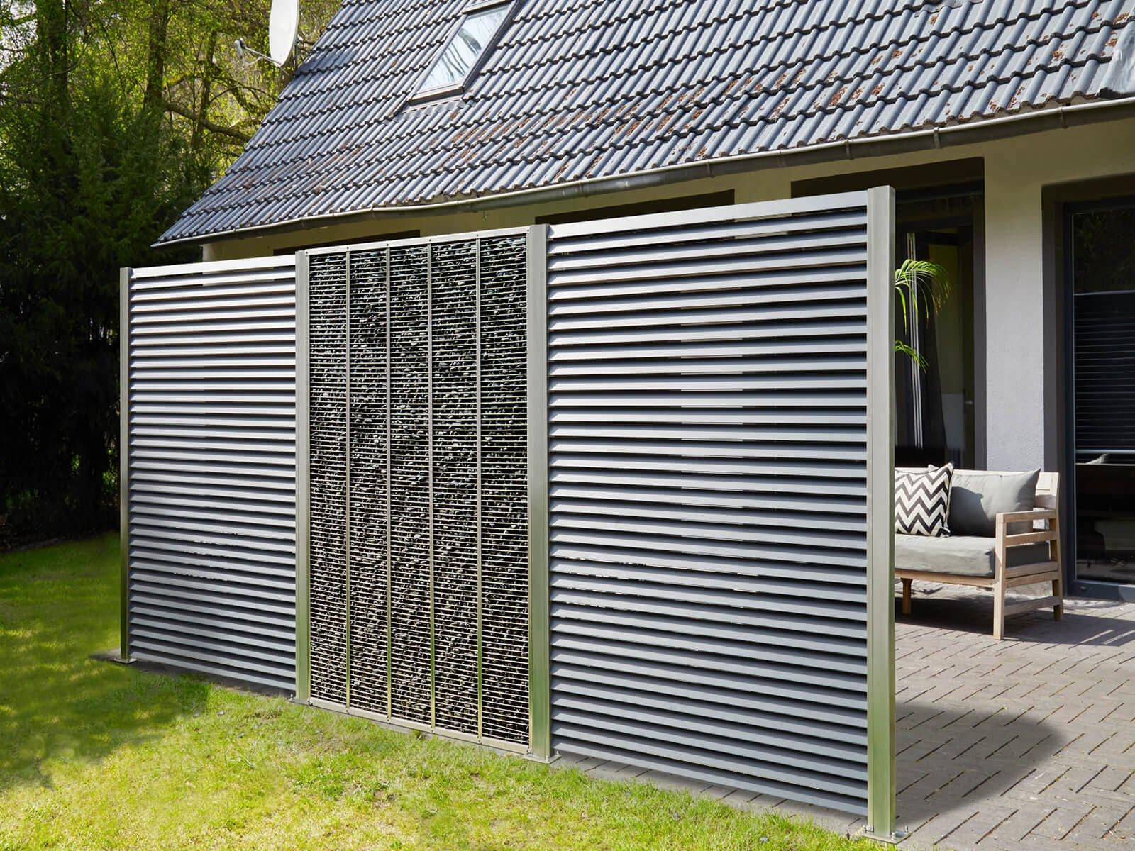 Lamellenzaun Porto mit Gabione kombiniert ideal für Garten oder auf der Terrasse