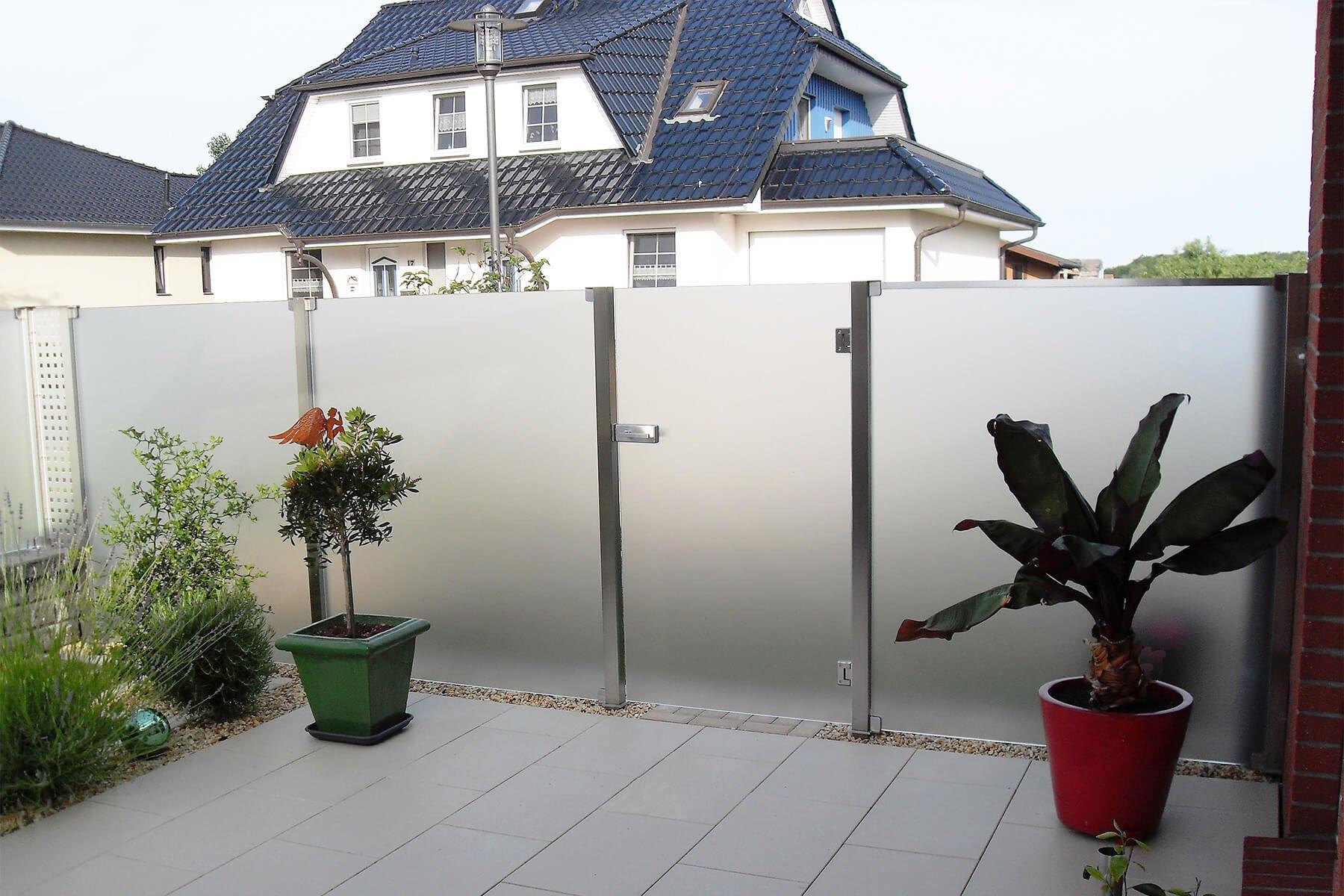 Wind- und Sichtschutz Aundo mit Tür optimal für Garten Terrasse und Balkon