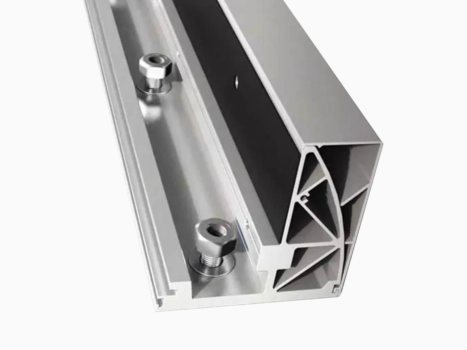 bodenbefestigung-fuer-glaszaeune-und-wind-und-sichtschutzsysteme
