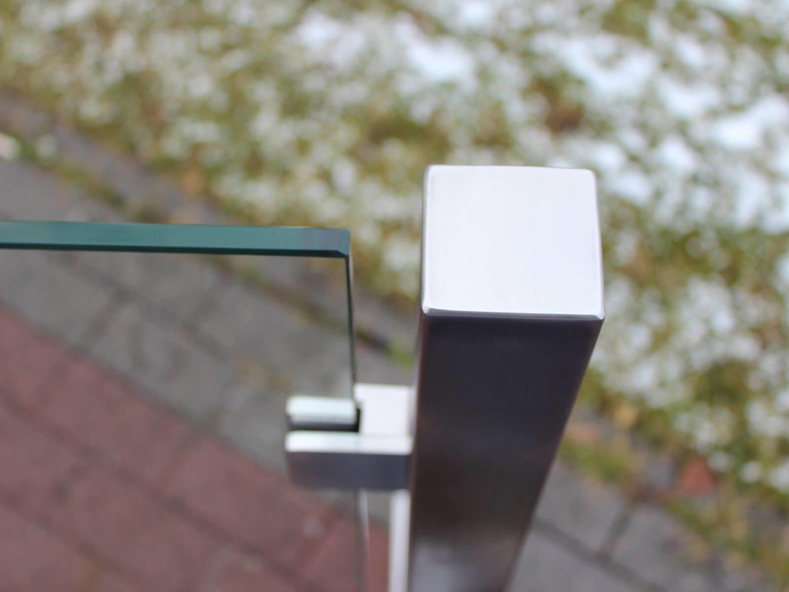 Mobiler Windschutz und Sichtschutz aus Glas ideale Idee euer Garten und Outdoor Bereiche