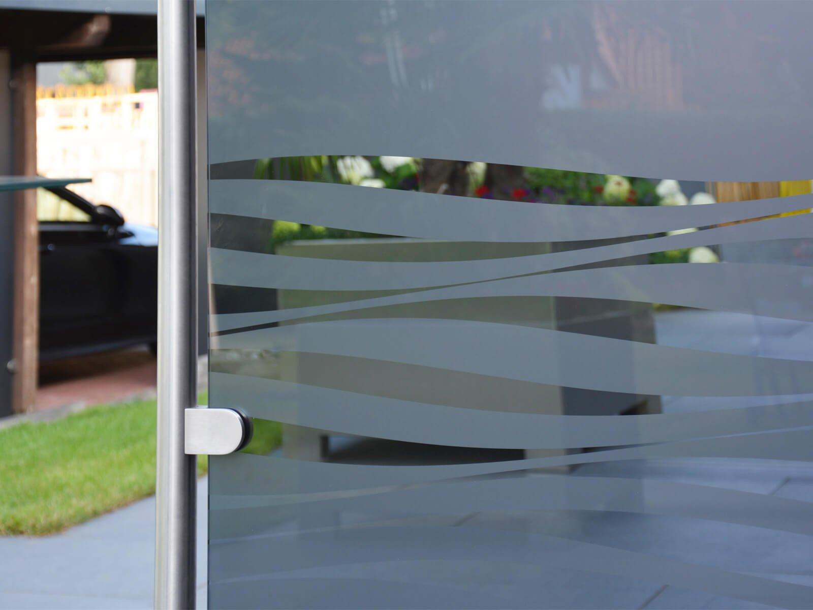 Nahaufnahme mobiler Wind- und Sichtschutz Glasklemme
