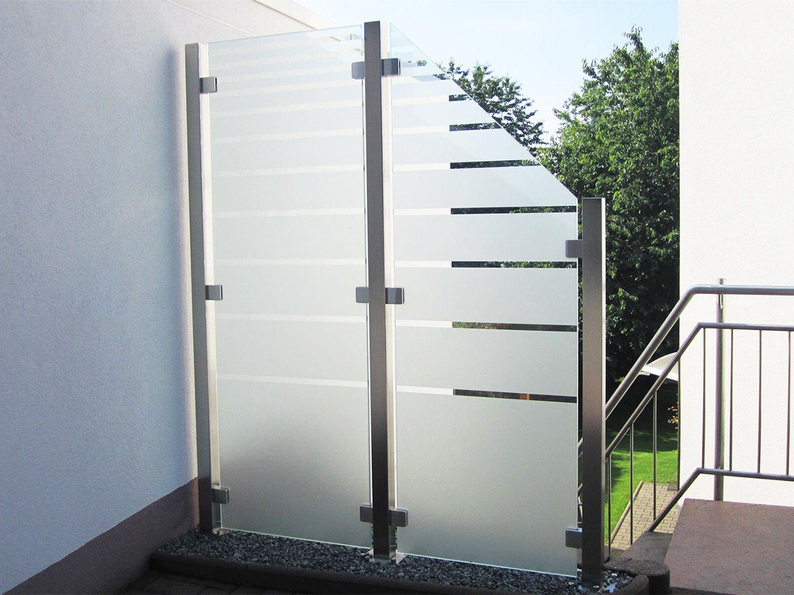 Glaszaun Wind- und Sichtschutz nach Maß optimal für jeden Außenbereich flexibel im Einsatz