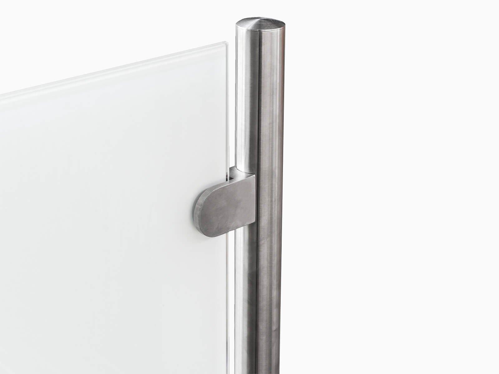 Pfostensystem Transvent mit seitlichen Glasklemmen für die Befestigung vom Glas